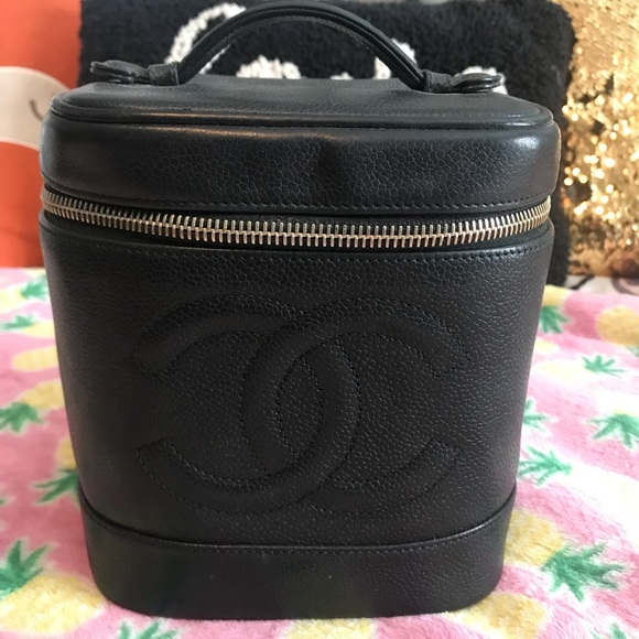 b6f88239287f CHANEL Handbags - Vintage Chanel Makeup Case for sale